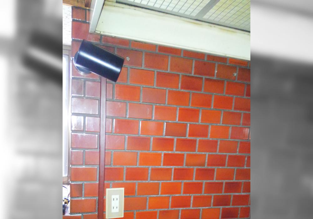 カトーデンキ お仕事日記 レンジフードにLED照明を設置