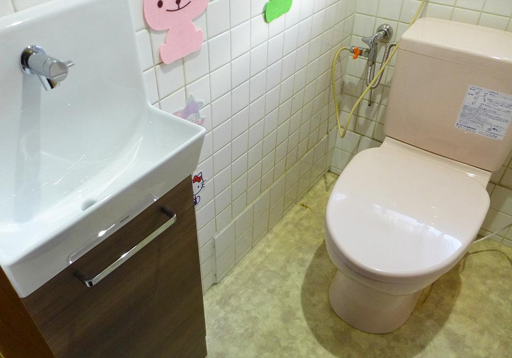 カトーデンキ お仕事日記 簡易トイレ・手洗いの交換工事