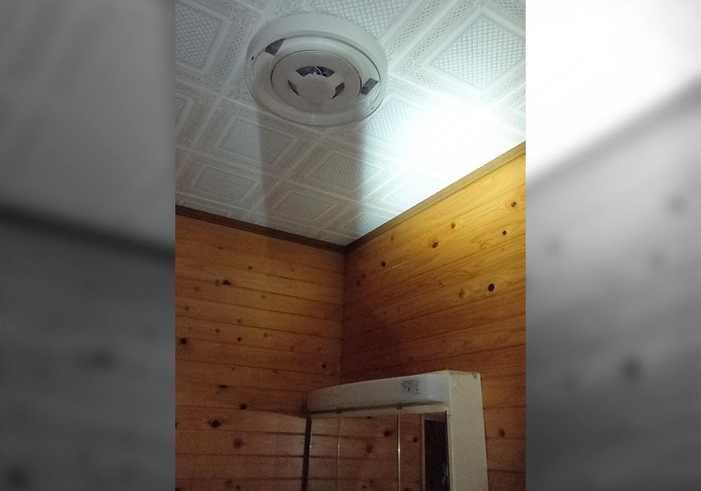 カトーデンキ お仕事日記 脱衣室の照明交換